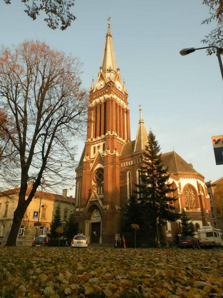 biserica rosie