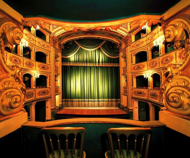 Manoel Theatre tourism destinations
