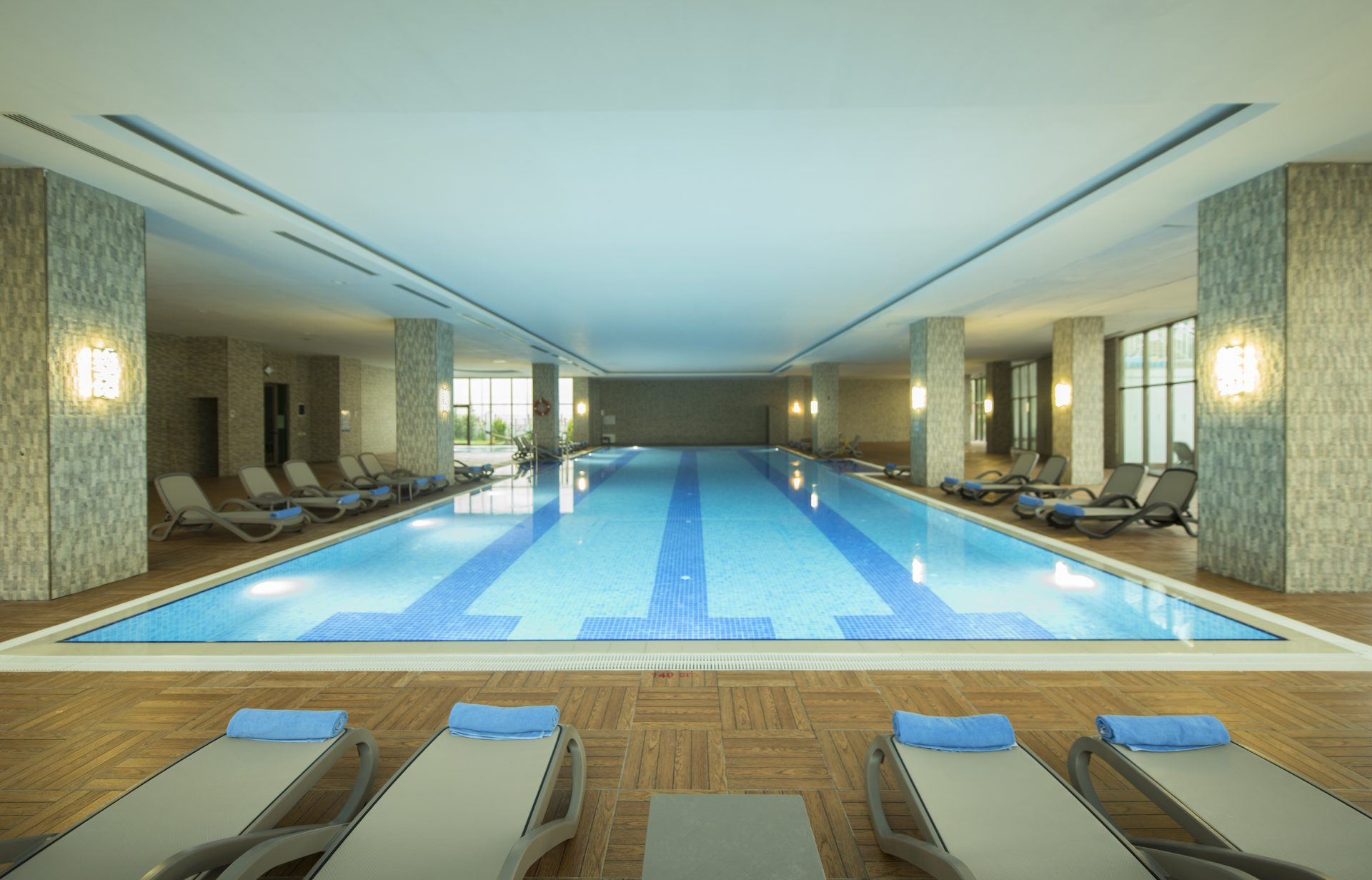 IndoorSwimmingPool